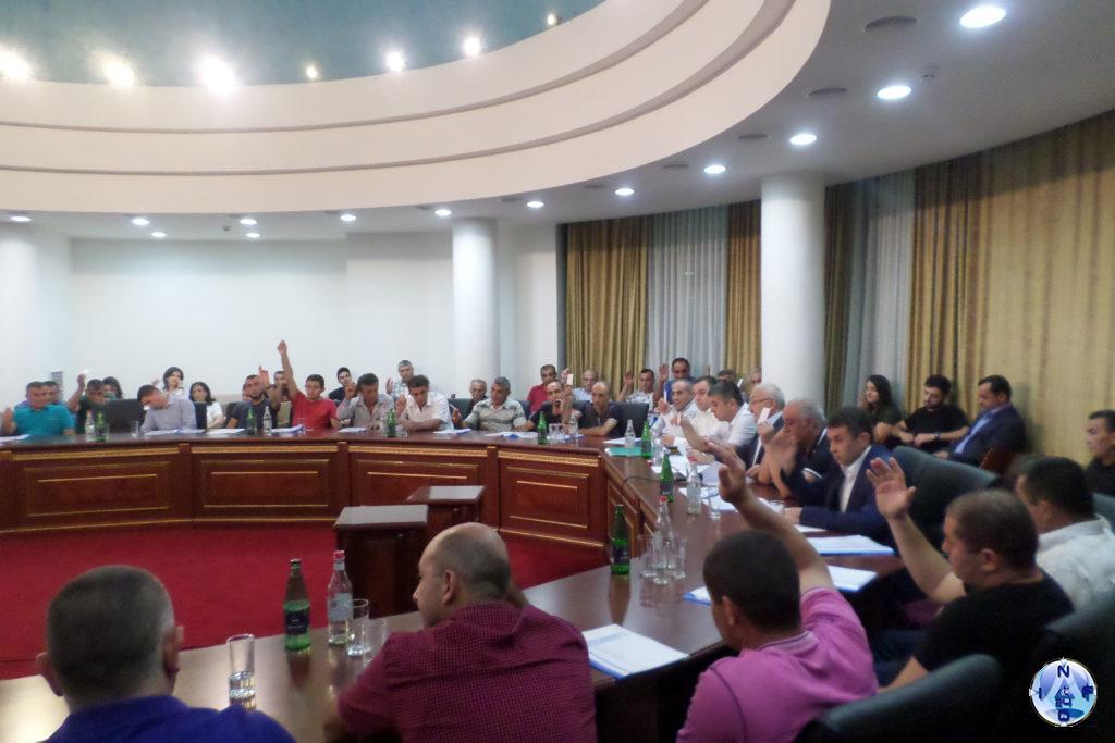 """Голосование на учредительном собрании партии """"Справедливость"""" Арцаха"""