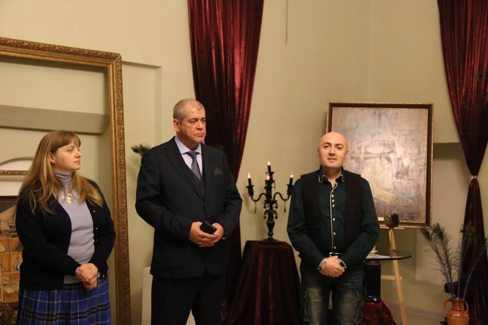 В Культурном центре Посольства Армении в России состоялось открытие выставки «ОБМАНКА»