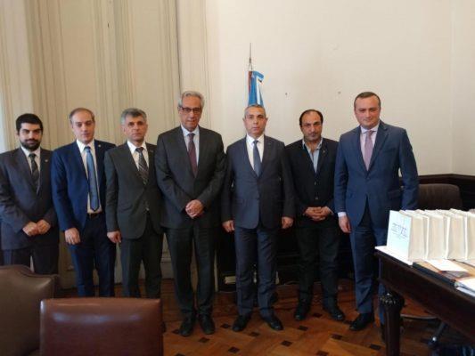 Глава МИД Арцаха провел две встречи в Аргентине