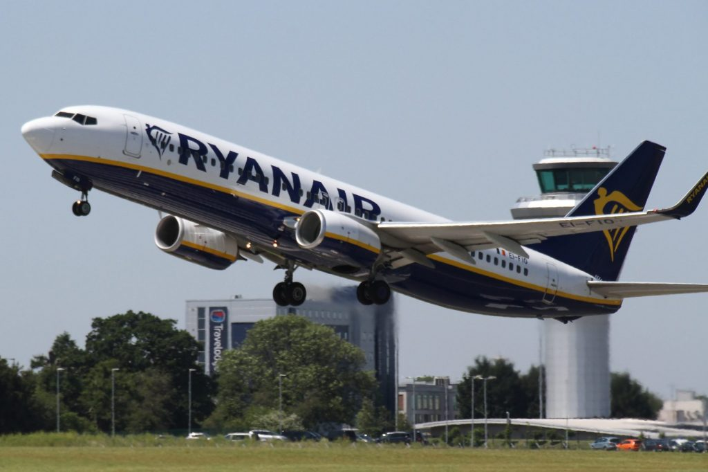 ryanair-aircraft-e1572894834249