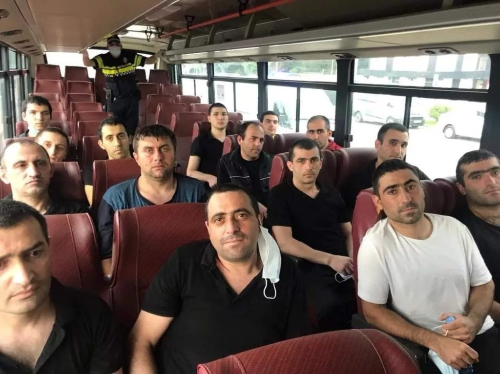 Բաքուն վերադարձրեց 15 զինծառայող ականապատման քարտեզների դիմաց